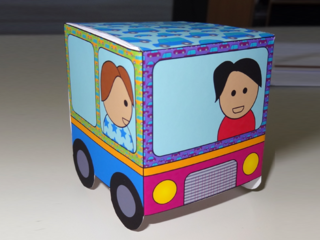 Voiture en papier par Graphick Kids